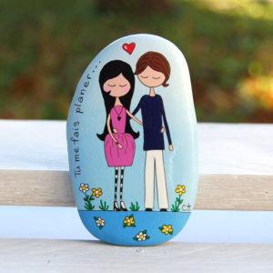 galet peint couple d'amoureux