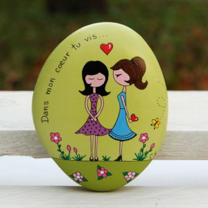 galet peint amoureux-saint valentin-amoureuses1